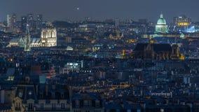 从蒙马特看的美好的巴黎夜都市风景timelapse 法国巴黎 股票录像