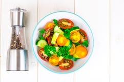 从蕃茄和黄瓜的饮食沙拉 库存照片
