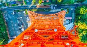 从观察台东京塔,东京,日本的顶视图 库存图片