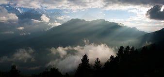 从观点Poon小山的视图到Annapurna 图库摄影