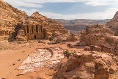 从距离的Petra修道院,旱谷芭蕉科,中东,约旦 库存照片