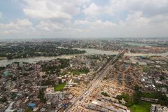从达卡射击的直升机,孟加拉国 库存照片