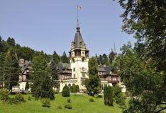 从锡纳亚的皇家Peles城堡在罗马尼亚 免版税库存照片
