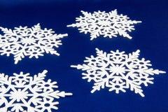 从雪花的宏观射击 抽象背景冬天 库存照片