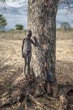 从非洲部落Mursi,埃塞俄比亚的男孩 库存图片