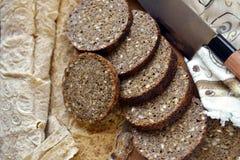 从黑麦面粉的全麦面包 免版税库存照片