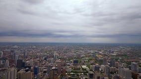 从-惊人的鸟瞰图上的芝加哥 股票录像