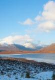 从A835路的视图向Ullapool。 库存图片