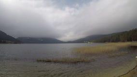从Abant湖博卢土耳其的Timelapse英尺长度 未加工的英尺长度, 股票录像