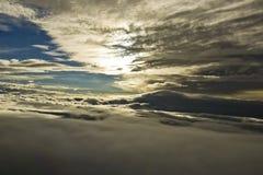 从Airplane´s驾驶舱采取的风暴的视图 免版税图库摄影