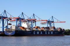 从CMA CGM的集装箱船科尔内耶 库存照片