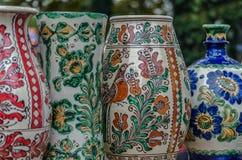 从Corund陶瓷,特兰西瓦尼亚的罗马尼亚语的瓦器 图库摄影