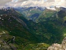 从Dalsniba的挪威视图到Geirangerfjorden 免版税图库摄影