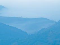 从Doi Chaeng,清莱泰国的薄雾 免版税库存图片