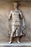 从Hadrian的寺庙的罗马替补。 免版税库存照片