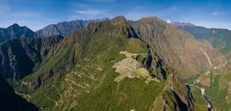 从Huayna Picchu的Machu picchu 免版税库存图片