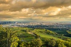 从Kahlenberg山,维也纳,奥地利的维也纳风景 免版税库存照片