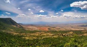 从Kamandura MaiMahiu纳罗克路, K的东非大裂谷 库存图片