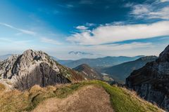 从Mangart马鞍的风景看法在朱利安阿尔卑斯山 库存图片