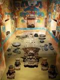 从Monte奥尔本,瓦哈卡,墨西哥-人类学国家博物馆的坟茔104  免版税库存图片