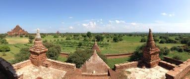 从Myauk Guni寺庙的全景 免版税库存图片