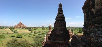 从Myauk Guni寺庙的全景 免版税图库摄影