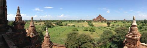 从Myauk Guni寺庙的全景 库存图片