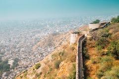 从Nahargarh堡垒的斋浦尔cityspace在印度 免版税库存图片
