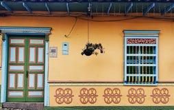从Peñol镇的议院 免版税图库摄影