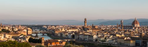 从Piazzale米开朗基罗的全景佛罗伦萨 库存图片