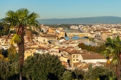 从Piazzale米开朗基罗的鸟瞰图在佛罗伦萨在一个晴天在秋天 免版税库存照片