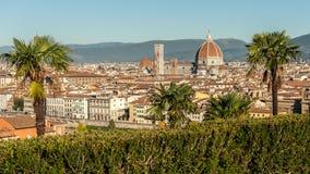 从Piazzale米开朗基罗的鸟瞰图在佛罗伦萨在一个晴天在秋天 图库摄影