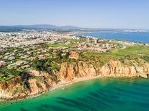 从Ponta da Piedade的鸟瞰图 库存照片