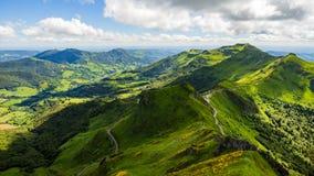 从Puy观看的火山的山玛丽 库存照片