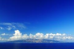 从Sarande看见的科孚岛海岛 库存照片