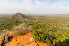 从Sigiriya狮子的岩石宫殿的视图 库存照片