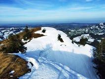 从Spitzli的顶端全景在Urnasch解决附近 库存图片