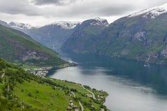 从Stegastein看见的Aurlandsfjord俯视 免版税库存照片