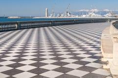 从Terrazza看见的里窝那港Mascagni,托斯卡纳,意大利 免版税库存图片