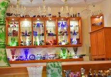 他们卖玻璃产品的商店 免版税库存照片