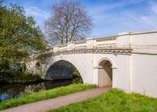 他树丛装饰桥梁盛大联合运河桥梁没有164 图库摄影