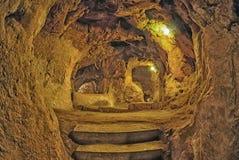 代林库尤洞地下城市,卡帕多细亚,土耳其 旅行ba 免版税库存图片