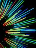 令人惊讶的五颜六色的美好的霓虹灯完善对墙纸和背景 库存照片