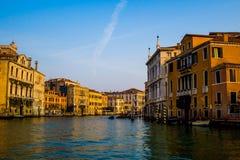 令人惊讶的早晨光在威尼斯 免版税库存照片