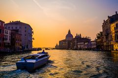 令人惊讶的早晨光在威尼斯 免版税库存图片