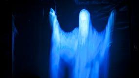 令人毛骨悚然的发光的鬼魂 库存图片