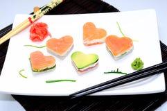 以一个重点情人节的形式寿司 免版税库存图片
