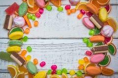 以圈子包装的形式糖果 库存图片