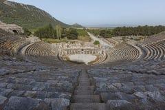 以弗所,土耳其废墟的罗马圆形露天剧场  免版税库存照片