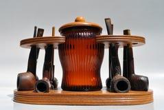 以往的时代雪茄盒管道集合葡萄酒 免版税库存图片